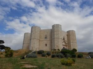 Кастел дел Монте